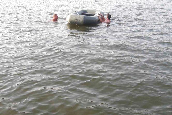 Несло за течією. На Дністрі врятували двох відпочивальників
