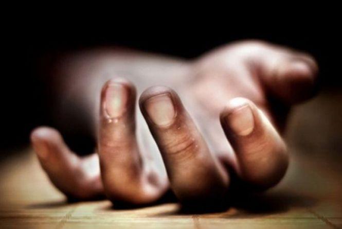 На Хмельниччині чоловік під час застілля до смерті побив товариша