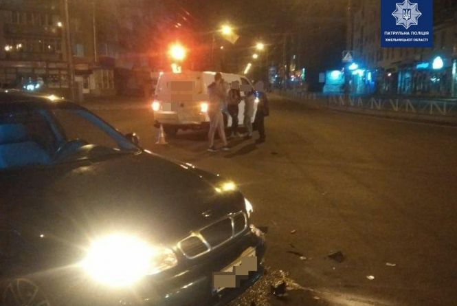 У Хмельницькому через п'яного пішохода сталася ДТП
