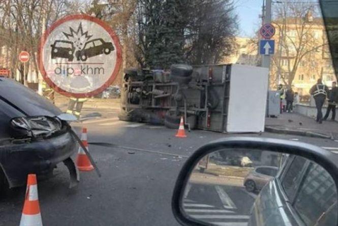 Що відбувалося на дорогах Хмельницького 2—8 грудня (ФОТО)