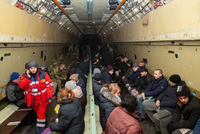Обмін полоненими: серед звільнених двоє військових з Хмельниччини