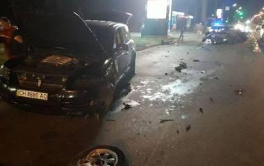 Нічне переслідування іноземця і потрійна аварія з п'яним водієм: хроніка ДТП у Хмельницькому