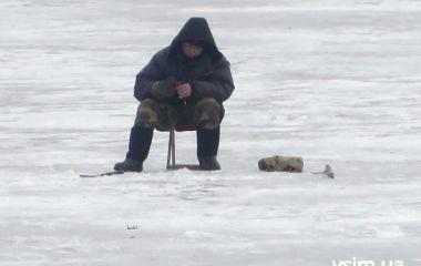 Заборона вилову риби на зимувальних ямах. Де не можна рибалити у Хмельницькому