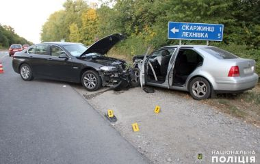 Лобове зіткнення та 6 постраждалих: у поліції розповіли деталі ДТП біля Скаржинець