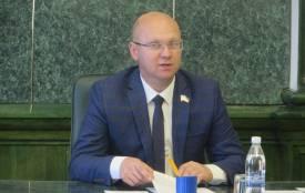 «Він ж не вбив нікого»: в Хмельницькій міськраді відреагували на рішення суду, яким визнали винним Михайла Кривака