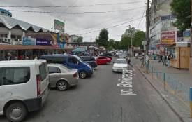 """Хмельничанин просить встановити світлофор на перехресті поблизу """"овочевого"""" ринку"""