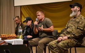 """""""Не вірте у те, що війна закінчиться завтра"""", - бійці-добровольці розповіли про події на Сході"""