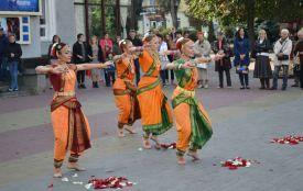Болівудські танці та візит посла: як у Хмельницькому святкували Дні Індії