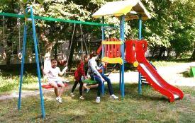 Нові дитячі і спортивні майданчики у хмельницьких дворах: де з'явились і як виглядають
