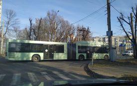 На вулиці Хмельницького виїхав «автобус-гармошка». Чи буде він возити хмельничан