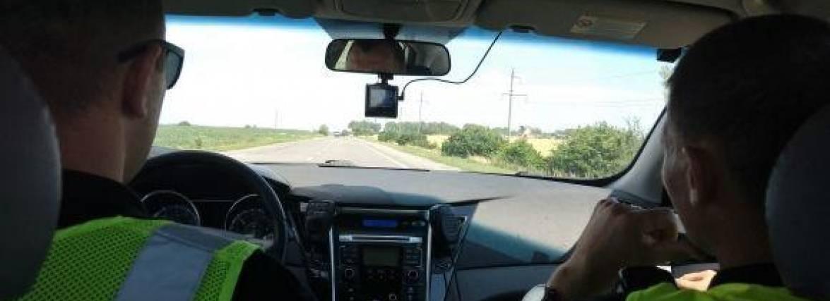 Водіям на замітку! На яких дорогах катається поліція (КАРТА)